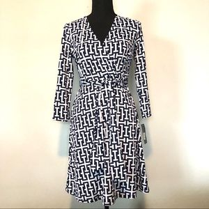 NWT INC international concepts v-neck belted dress